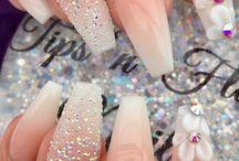 Wedding nails