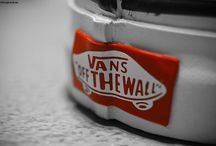 "Vans ""Off The Wall"""