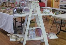 Craft Booth Tips and Trends / Great ideas to help you ready your craft booth for market! Ways to prepare and what to do once you get there.