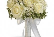 Wedding / VIEW MORE AT http://www.kensflowers.com/perrysburg-toledo-oh--ann-arbor-mi-florist/wedding-flowers-12079c.asp
