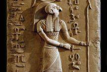 Archetype : Ra / Sun, Creator, Life-giving, Power of Speech + Words, All-seeing