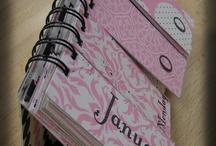 Kalendarze na biurko / Kalendarze biurkowe