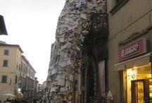 """Arezzo / Arezzo is de hoofdstad van de gelijknamige regio en is vooral bekend geworden na de opnames van de met Oscars bekroonde film """"La Vita è bella"""""""