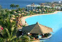 Sharm el-Sheikh - Egyiptom / Sharm el-Sheikh a Sínai-félsziget ékköve: egész évben csodálatosan szikrázó napsütéssel és kristálytiszta tengerrel várja az utazókat.   Last minute Sharm el-Sheikh utazás ajánlatok: http://www.divehardtours.com/Sharm_el_Sheikh/