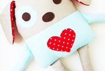 For little kids / conforto e carinho para o bebê. / by Neuza de Oliveira