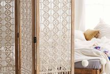 Room divider and weaving