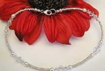 Beading & jewellery ideas / by Alison MacKenzie
