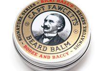 Captain Fawcett / Captain Fawcett to brytyjska marka kosmetyków do pielęgnacji brody, będąca dziedzictwem jednego z największych gentlemanów wśród odkrywców. Captain Fawcett zaginął podczas jednej ze swoich ekspedycji w 1905 roku, a jego zapiski, skrywające sekretne receptury jego wosku do wąsów, olejku do brody i innych kosmetyków, zostały przypadkowo odkryte niemal sto lat później. I to właśnie dzięki nim Captain Fawcett znów może święcić triumfy na całym świecie.