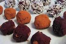 Food - Snacks/Desserts / by Krystal Lee