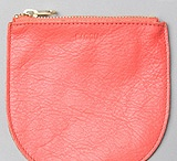 Leather purse & bag Obsession  / by Velma Sanchez