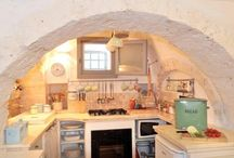 Luoghi da visitare / Cucina in pietra nel trullo