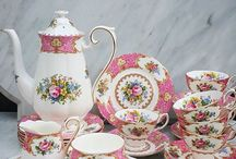 lady carlyle tea cups and saucer
