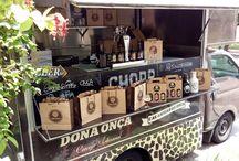 Cervejaria Dona Onça / Cerveja artesanal cigana! A primeira com rótulo interativo: escreva o nome da sua onça no rótulo, beba e domine a fera! www.cervejariadonaonca.com.br