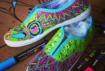 Motif Sepatu Lukis
