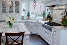 Kitchens I could cook in! / Kitchens I could learn to cook in. Or not.
