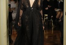 RUNWAY  » / Trends and inspirational gowns straight from the runways