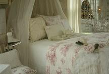Bed romantic