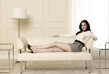 Anne Hathaway in Heels / The girl with the most beautiful eyes in high heeled shoes
