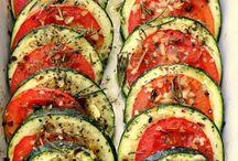abobrinhas assadas com tomates e ervad