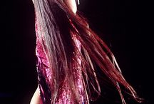 Crystal Gayle / The lady with the most amazing voice & hair.
