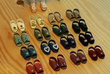 Miniature Shoes, hats and dolls