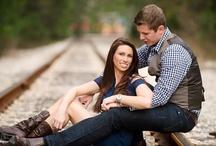 Engagement picture ideas / by Bri Castellucci