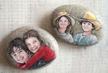 Portrait stones