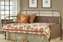 Cozy Guest Rooms / Get some great ideas for your cozy guest room.