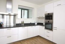 Short Term Apartments in Amsterdam / There are many Short Term Apartments in Amsterdam that offer great accommodation at unbelievable prices, making them the ideal choice for all kinds of tourists.