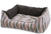 Bedding and Houses / Give your pet the ultimate luxury with Best Pet Supplies beds and houses!