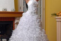 Свадебные платья / Огромный выбор свадебных платьев в нашем салоне!