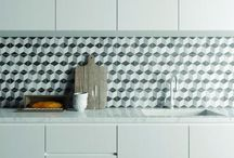 Kitchen tile ideas / Inspiration for tiling your kitchen walls and floors