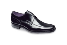 Loake / Loake mens leather shoes. Fine English shoes for gentlemen.