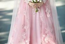 Islamic/Muslim Engagement Dresses / It is hard to find and decide to wear on your own special day. You can find some examples here for muslim ladies ;)