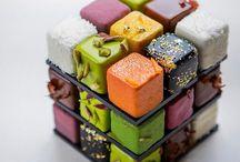 Rubik's cube cakes
