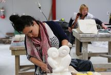 3D/ Sculpture / Purpose-built, fully equipped studios enable quality instruction in 3D including jewellery, bronze casting, stone carving, ceramic sculpture, glass casting and mixed media sculpting. Interdisciplinary classes combining 3D with other media are also available at The Learning Connexion.