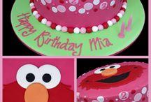 Kids-Birthday Idea's and Blogs / by Madibella M.