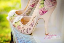 Hand Painted Wedding Shoes / #glendaloughmanor