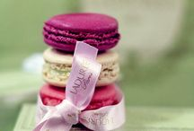 Macarons: colorful and delicious!