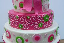 fun cakes / by Amber Fields