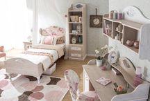Özel Tasarım Genç Odası / İhtiyaca ve mekana özel tasarım genç odası mobilyaları imalatı.Farklı malzeme ve imalat usulleri ile bütçeye özel tasarım projeler ve uygulamalar.