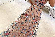 Hosszú szalagavató ruhák