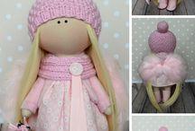 I love Dolls!!! Lol