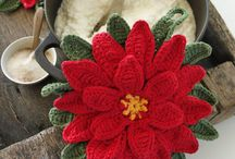 Christmas Crochet Pointsettia
