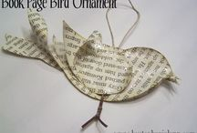 Recycled book page bird ornament 2 / Book pages