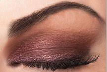 Make-up / by Katrina Zouzounis Kofeloa