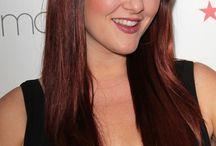 SARA RUE / Sara Rue born january 26, 1979 in new york city, new york, usa