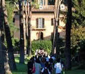 Marymount International School Rome Family / The Marymount Rome community emphasizes creating a happy and nurturing environment for its students as well as focusing on fostering diversity and inclusion.