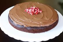 cupcake/cake dessert recipes etc / by Ariel Brook