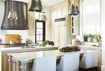 urban grace interiors / by Melaine Bennett Thompson